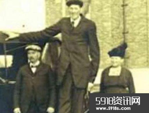 世界上最高的人排行 最高的279厘米
